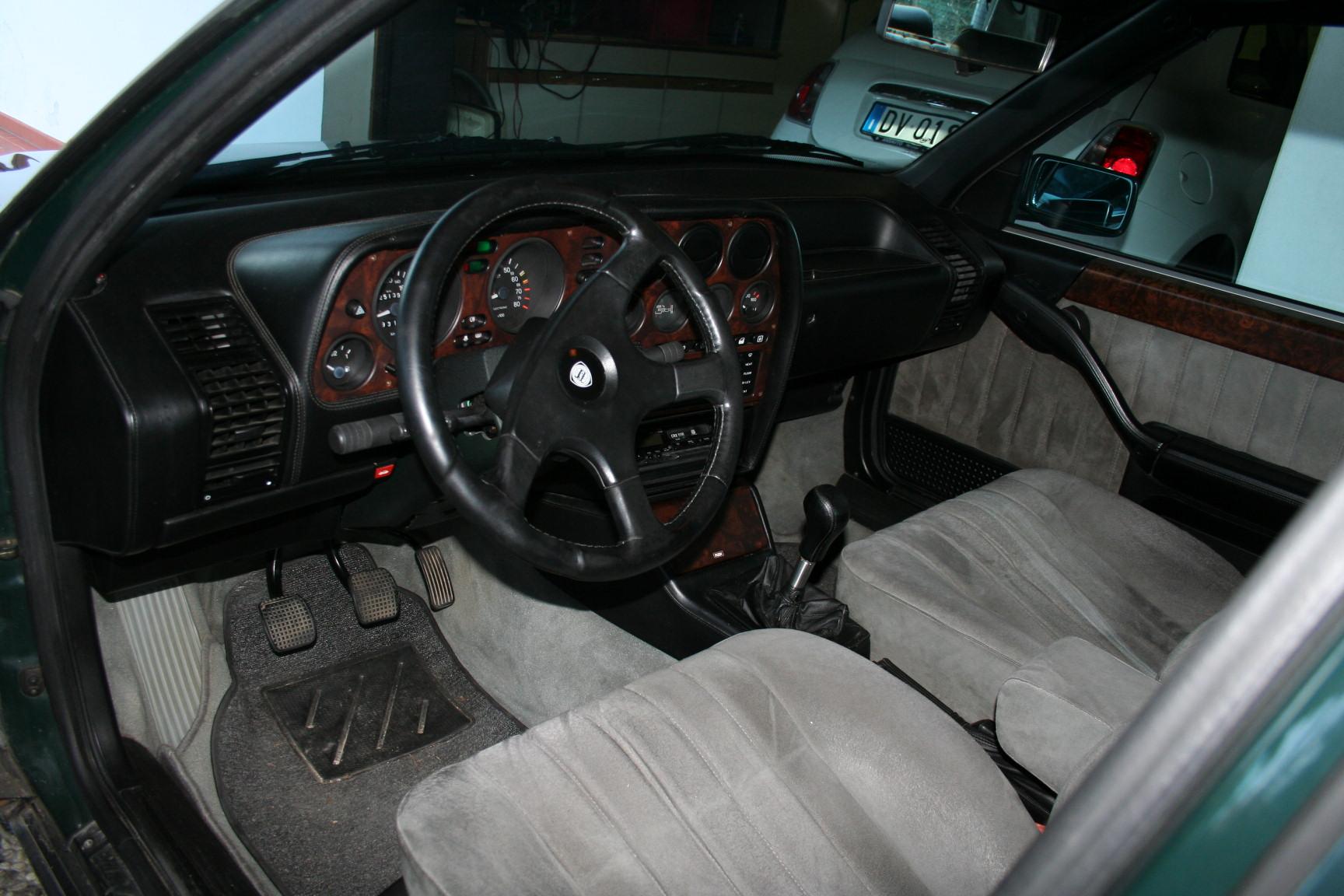 Lancia Delta Interior View furthermore Fulvia Electrics Upper Right I U further Interni Nuova Lancia Flavia Cabrilet Motor Show Italiantestdriver additionally Lancia Ypsilon X D Ec further Lancia Lybra Obd Connector. on lancia thema 2011